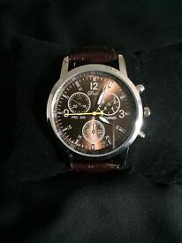 Men's brown watch