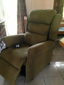 BRECON NEXT DAY RISE/RECLINE CHAIR
