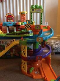 TOOT TOOT DRIVERS PLAYSETS TALL GARAGE, FIRE STATION, GARAGE, AIRPORT