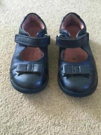 Start rite girls blue shoes toddler size 6.5G