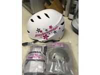 Girls helmet and safety gear