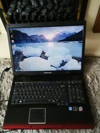Laptop Samsung R700