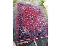 Beautiful Persian rug in excellent condition