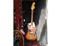 Fender Jaguar made in Japan Sunburst with hard case