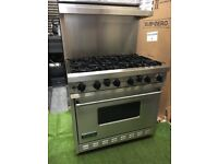 Stunning Viking Range cooker Large oven and Matching Extractor and splashback