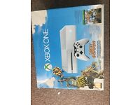 Xbox one 500gb with one controller and 3 games