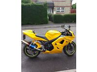 Daytona 650 Yellow