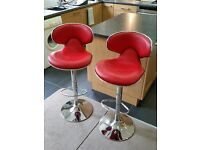 Kitchen/Bar stools 360 degree swivel & adjustable height