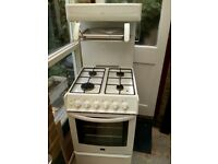 Parkinson Cowan Lyric reconditioned gas cooker