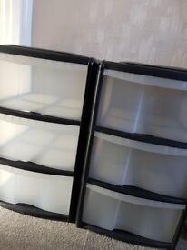 2 x 3 drawers