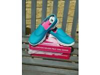 Brand new boxed Ladies Skechers Go Walk Gowalk 3 trainers pumps