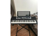 Yamaha YPT-210 electric keyboard with free stand included, immaculate condition, £45