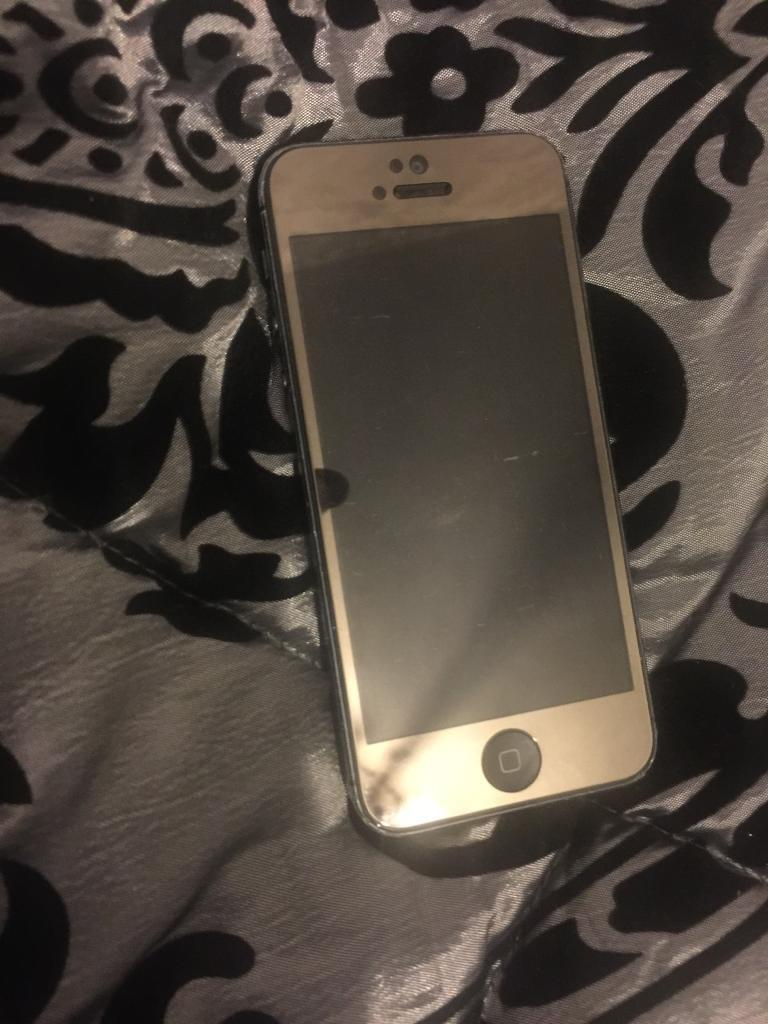 iPhone 5 16gb Vodafone lebara talk mobilein Hodge Hill, West MidlandsGumtree - IPhone 5 16gb Vodafone lebara talkmobile. In Average condition. Comes with USB cable only. £100 no offers