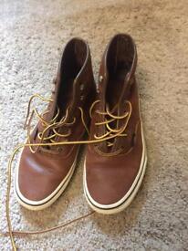 Vans size 5 sneakers/ runners