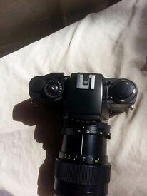 Leica r4 film camera and lens