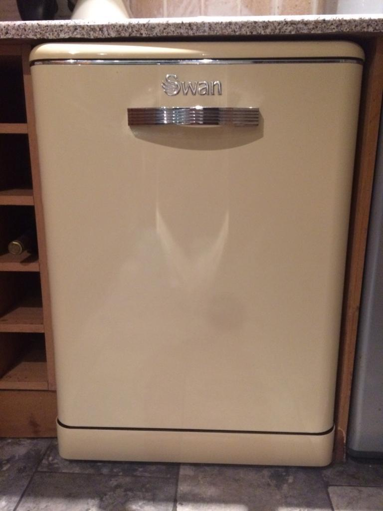 Retro swan dishwasher