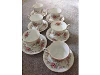 Set of China tea cup and saucers