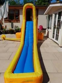 Splash attack water slide/