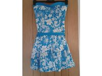 size 10 blue and white prom dress