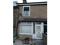 4 bedroom through terrace to let