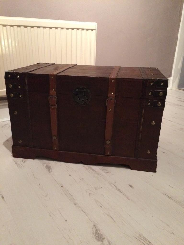 Wooden chest/trunk/storage box/toy box