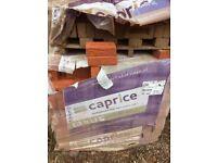 Montana 800 bricks for £320