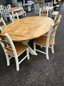 DROP LEAF EXTENDING DINING TABLE