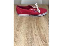 Women's Bright Pink UK Size 7 Canvas Authentic Vans Trainers Plimsolls Shoes