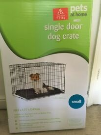 Single door Dog crate from Pets at Home