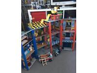 Kids kraft everyday heroes wooden station