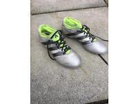 Adidas football boots size 8 Bargain