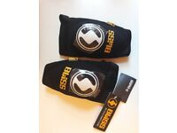 Elbow Pads, Bliss size M, brand new