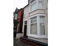 Blythswood St Aigburth L17 - Nice 1 bedroom Ground Floor Flat To Let £425 Ready Now !