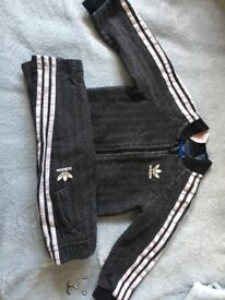 Boys adidas tracksuit matching top