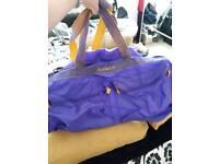 LARGE HOLDALL LUGGAGE BAG IN PURPLE