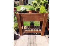 High standing planter box with shelf very well made
