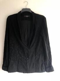Women's tailored blazer (10-12)