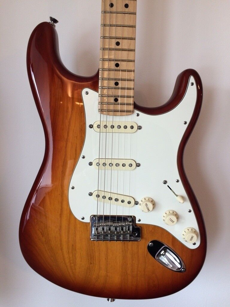 fender american standard stratocaster sienna sunburst in benfleet essex gumtree. Black Bedroom Furniture Sets. Home Design Ideas