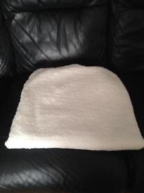 Single Fleecy Mattress Protector