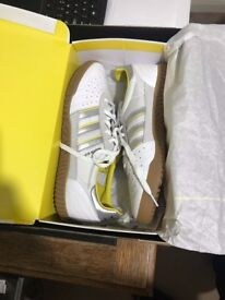 Adidas London to Manchester Indoor Super