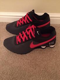 Men's Nike shock trainers
