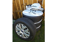 "Ford Winter Set (tyres 16"" + steel wheels)"