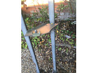 Ford escort 2001 roof rack (Rax System) with roller bar.