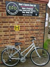 GIANT SCR 4 SIZE S LADIES HYBRID BIKE. FULLY SERVICED