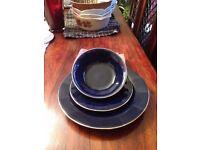 8 Place Blue Dinner Set £10 ono