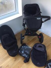 Quinny Moodd 3 wheel buggy & carrycot