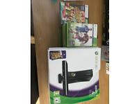 Xbox 360 with Kinect. 250gb