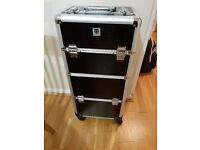 Mobile beauty case, trolley, vanity case