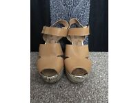 size 6 wedge sandals never worn