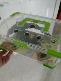 Wild pets spider toy